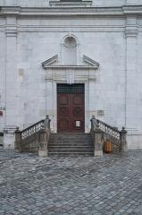 Eglise Saint-François - Français:   Portal of the Saint Francis de Sales church in Annecy, Haute-Savoie, France