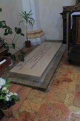 Eglise Saint-François - English:  Tomb, Eglise Saint-François, Annecy