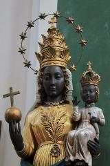 Eglise Saint-François - English:  Mary and Infant Jesus, Eglise Saint-François, Annecy