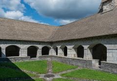 Abbaye de Mélan - English:  Cloister of the Mélan carthusian monastery in Taninges, Haute-Savoie, France
