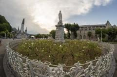 Domaine du sanctuaire de Lourdes - Français:   Sanctuaire de Lourdes