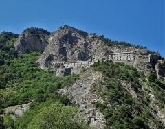 Fort de Tournoux - Français:   Le fort a été construit au milieu du 19° siècle. Il a été démilitarisé en 1987.