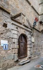 Château de Saint-Beauzély, actuellement musée d'art et de tradition populaire - English:  Portal of the castle of Saint-Beauzély, Aveyron, France