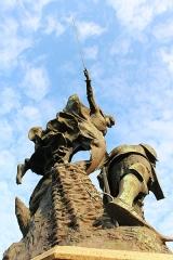 Groupe sculpté de la bataille de Formigny - Français:   Monument commémoratif de la bataille de Formigny