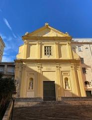 Eglise Saint-Charles - Corsu:  A facciata di a chjesa San Carlu, in Bastia