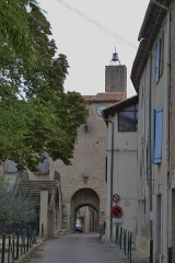 Tour de l'Horloge et Château de Lézan - This building is indexed in the Base Mérimée, a database of architectural heritage maintained by the French Ministry of Culture,under the reference PA30000020 .