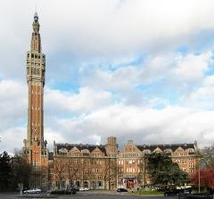 Hôtel de ville -  Vue de l'hôtel de ville de Lille.