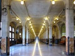 Hôtel de ville -  Catégorie:Monument historique à Lille Grand hall de la mairie de Lille.