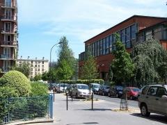 Institut dentaire George Eastman - English:  George-Eastman Institute at rue George-Eastman in Paris