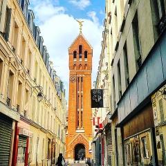 Eglise Saint-Michel dite des Batignolles - Français:   Photo de l'église de Saint-Michel des Batignolles lors de l'et 2018. La couleur de cette architecture ressort énormément et la met en valeur avec ce ciel.