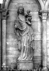 Cathédrale Saint-Pierre Saint-Paul -