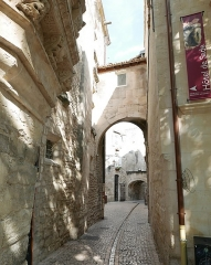 Maison du Planet ou Hôtel Mistral-Mondragon - Français:   Saint-Rémy-de-Provence (Bouches-du-Rhône, Provence, France), hôtel Mistral de Mondragon, abritant le musée des Alpilles.