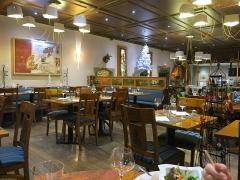 Immeuble - English:  Room of the restaurant Au Dauphin in Strasbourg (Bas-Rhin, France).
