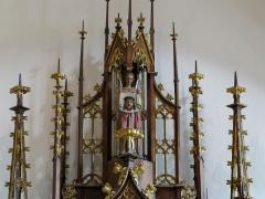 Ancienne église des Augustins, dite de la Providence -  Alsace, Haut-Rhin, Ribeauvillé, Église du Couvent des Augustins (XIVe-XVe-XVIIIe), 3 rue de l'Abbé-Louis-Kremp. (PA00085586, IA68006914). Couronnement de l'autel secondaire de la Vierge de Pitié: Ange tenant le voile de Véronique (XIXe).      This object is indexed in the base Palissy, database of the French furniture patrimony of the French ministry of culture,under the referenceIM68009404. беларуская (тарашкевіца)| brezhoneg| català| Deutsch| English| español| suomi| français| magyar| italiano| македонски| Plattdüütsch| português| українська| +/−