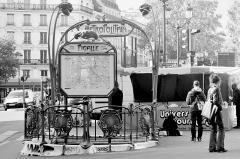 Métropolitain, station Pigalle -  Paris 2016 10 12 Walk to Montmartre (182)