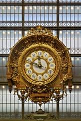 Ancienne gare d'Orsay, actuellement musée d'Orsay -  Horloge monumentale de gare. Grande Horloge intérieure de l'ancienne Gare d'Orsay, Musée d'Orsay, VIIe arrondissement, Paris, France. (batiment classé)