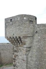 Château et fortifications - Français:   Échauguette sur les remparts de Saint-Malo (Ille-et-Vilaine, France).