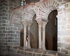 Ancien sanctuaire de Saint-Genes - Français:   France - Auvergne - Puy-de-Dôme - Manglieu - Abbatiale Saint-Sébastien - Narthex
