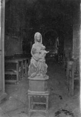 Eglise Saint-Saturnin - Deutsch:  Madonna mit Kind in der Kirche Saint-Saturnin in Rocles (Allier)