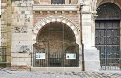 Eglise Saint-Sernin - English:   Basilica of St. Sernin, Toulouse, Sepulchral chapel of the Counts of Toulouse