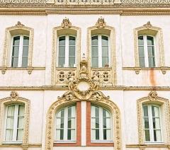 Maison en terre cuite de Virebent - French architect