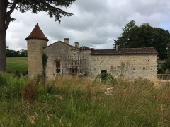 Abbaye des Dames - English:  The house of the Prior of Tusson (1), Tusson, Charente, France