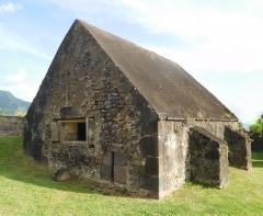 Fort Saint-Charles, Fort Richepance ou Fort Delgrès, puis laboratoire de vulcanologie -  Le Fort Louis Delgrès (Petite Poudrière)
