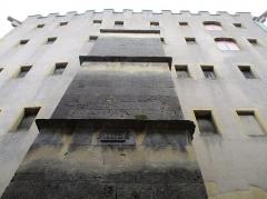Ancien grenier connu sous le nom de Grange de Chèvremont - Français:   Grange de Chèvremont à Metz