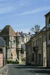 Porte d'Ardon - English:  Old town of Laon