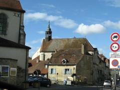 Ancien couvent des Ursulines, actuel Hôtel de Ville et tribunal -  Passing through