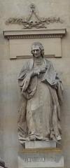 Palais de Justice - Français:   Amiens, palais de justice, façade rue Victor Hugo, statue de Montesquieu par Louis-Auguste Lévêque