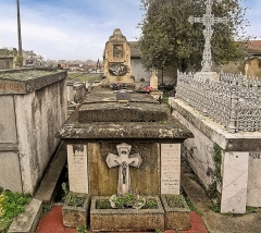 Entrée du cimetière de Terre-Cabade - English:   Terre-Cabade cemetery in Toulouse - Grave of Louis Vestrepain