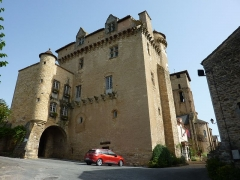 Ancien prieuré bénédictin - Français:   Logis abbatial, Varen