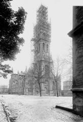 Basilique Notre-Dame de l'Espérance -