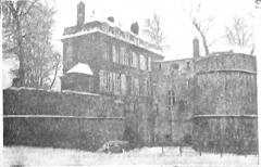Remparts - Français:   sur une vue publiée en 1928.