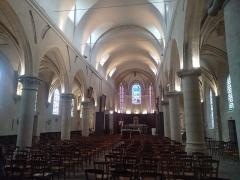 Eglise Saint-Cyr-Sainte-Julitte - Français:   Église Saint-Cyr-Sainte-Julitte de Villejuif