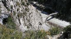Pont de la Reine Jeanne - English:  The Reine Jeanne bridge and the Lare Cave Entrance, Saint-Benoît, Alpes-de-Haute-Provence, France.