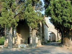 Chapelle Notre-Dame-des-Cyprès - Français:   Chapelle Notre-Dame-des-Cyprès de Fayence