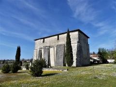Eglise Saint-Jean-Baptiste de Comberanche - Français:   Léglise de Comberanche vue depuis le sud-est, Comberanche-et-Épeluche, Dordogne, France.