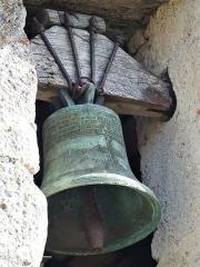 Eglise Saint-Jean-Baptiste de Comberanche - Français:   La cloche de l\'église de Comberanche, Comberanche-et-Épeluche, Dordogne, France.