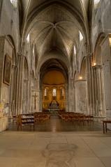 Eglise Sainte-Croix -  Intérieur de l'église sainte-Croix, Bordeaux.