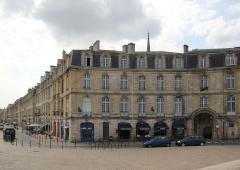 Immeuble - Français:   Immeuble (Inscrit), 1 Place Bir Hakeim, Bordeaux