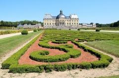 Château de Vaux-le-Vicomte - Français:   Broderies des jardins et château de  Vaux-le-Vicomte -  Maincy (Seine-et-Marne, France).