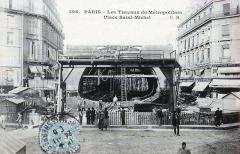 Métropolitain, station Saint-Michel - Français:   Carte postale ancienne éditée par CM, n°596: PARIS - Les travaux du Metropolitain place Saint-Michel Station Saint-Michel - Ligne 4 du métro de Paris