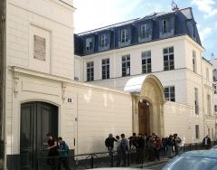 Collège Stanislas - Français:   Rue de Varenne (n°21: hôtel de Narbonne-Pelet de 1775) - Paris VII