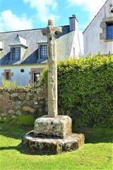 Calvaire, à Ploumanac'h, dans l'enclos de la chapelle Saint-Guirec - Français:   Calvaire de la chapelle Saint-Guirec