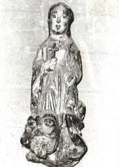 Eglise Saint-Malo -  Skulptur der heiligen Margaretha in der Kirche St-Malo in Plédéliac
