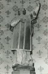 Eglise Saint-Etienne -  Skulptur des heiligen Stephanus in der Kirche Saint-Étienne in Saint-Étienne-du-Gué-de-l'Isle