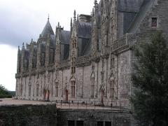 Château - Français:   Façade intérieure de style renaissance du château de Josselin.