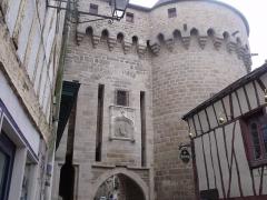 Anciens remparts - Español:   Porte Prison